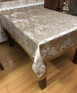 Brokatni cvetni stilski stolnjak sa resama od svile