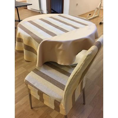 Okrugli stoljnjak Mebl pruge