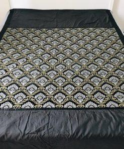 Prekrivači za krevet king size Crni pliš sa zlatnom šarom
