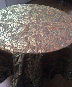 Svečani stoljnjak zlatni vez