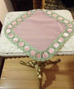Alnada decorative pink doily with velvet ribbon