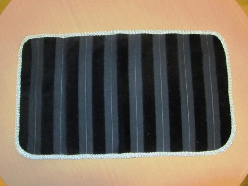 dekorativni nadstoljnjak plis pruge