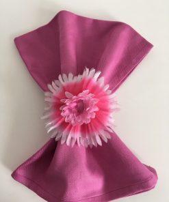 pamučna salveta tamno roze sa deko prstenom