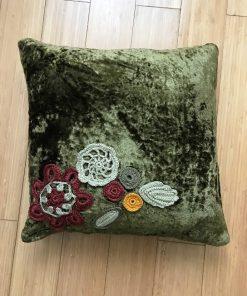 AlNada unikatni jastuci Zeleni pliš sa heklanim aplikacijama