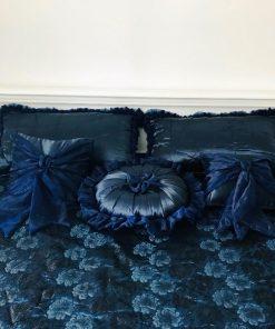 Prekrivači-za-bračni-krevet-Rapsodija-u-plavom-uzglavlje