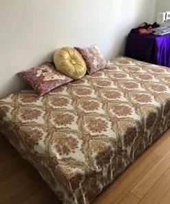 Barokni pokrivač za bračni krevet