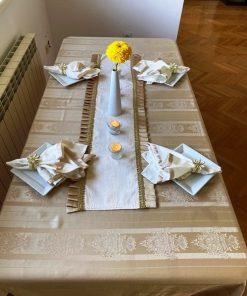 Slavski stolnjak beige