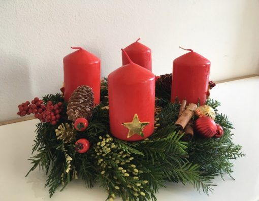 Advent venac Božićna zvezda detalj