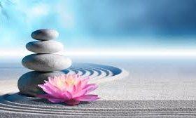 Balansirani kamenovi i lotos