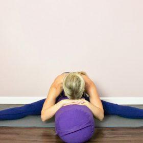 Vežbanjem joge do sreće tehnike i praktični saveti