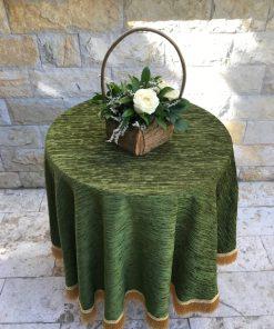 Okrugli plišani stolnjak zeleni sa resama